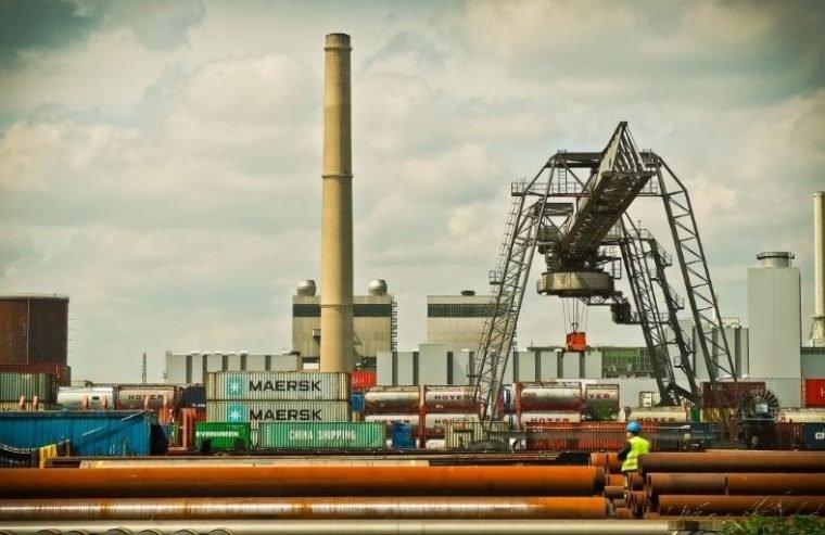 pengilangan minyak Indonesia
