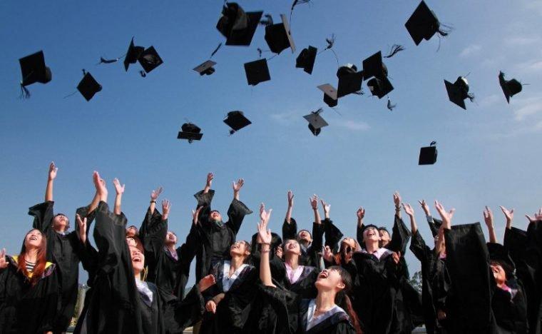 ciri negara maju adalah tingkat pendidikannya tinggi