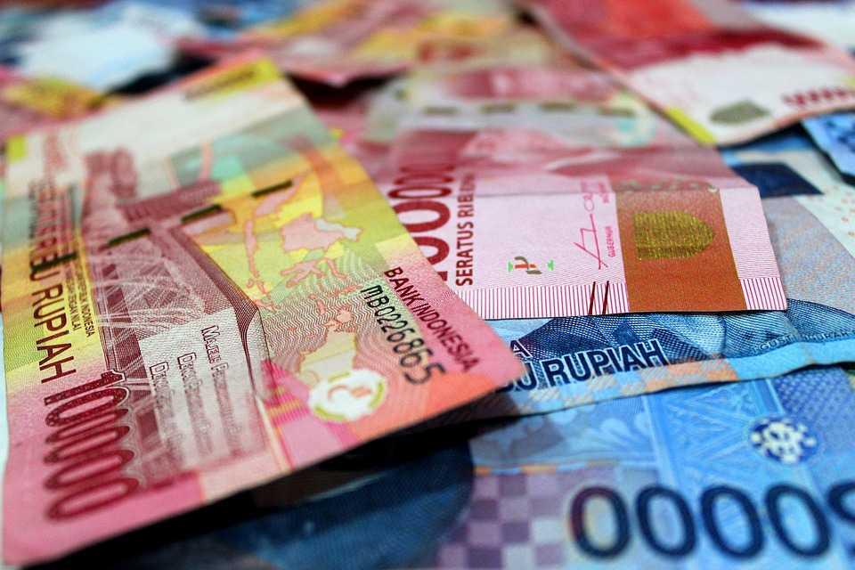 Contoh Kebijakan Moneter