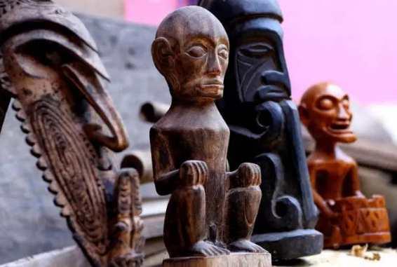 Contoh Seni Rupa Murni patung