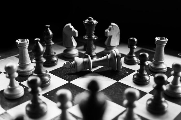 Persaingan pertentangan kontraversi kontravensi pertikaian