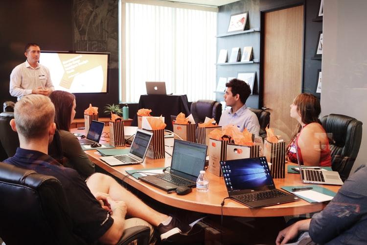 Proses Merumuskan Tujuan Organisasi menentukan ide dan tujuan