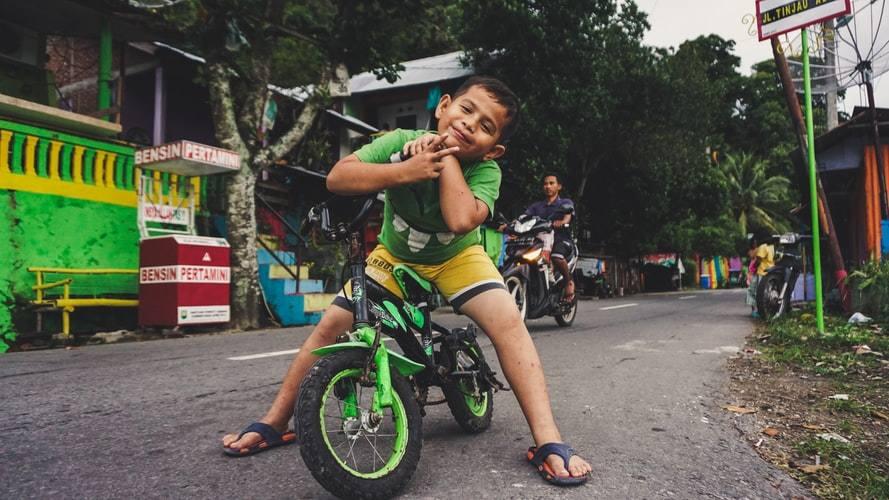 Cara Memperoleh Kewarganegaraan Indonesia Pengangkatan atau Adopsi Resmi