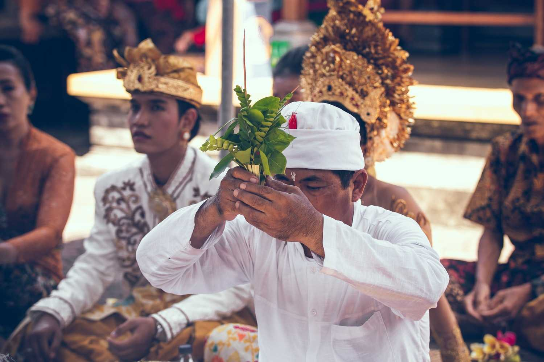 Cara Memperoleh Kewarganegaraan Indonesia dengan Perkawinan dengan Warga Negara Indonesia