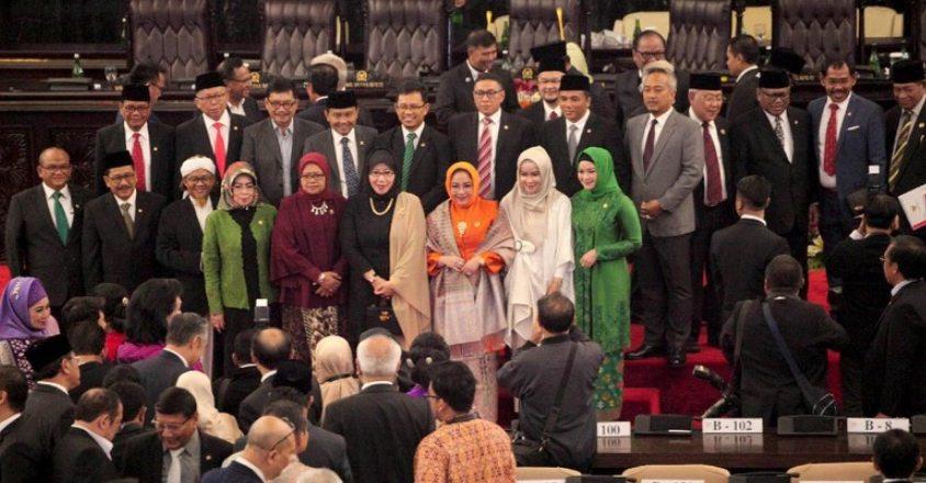 Demokrasi Perwakilan dengan Sistem Parlementer