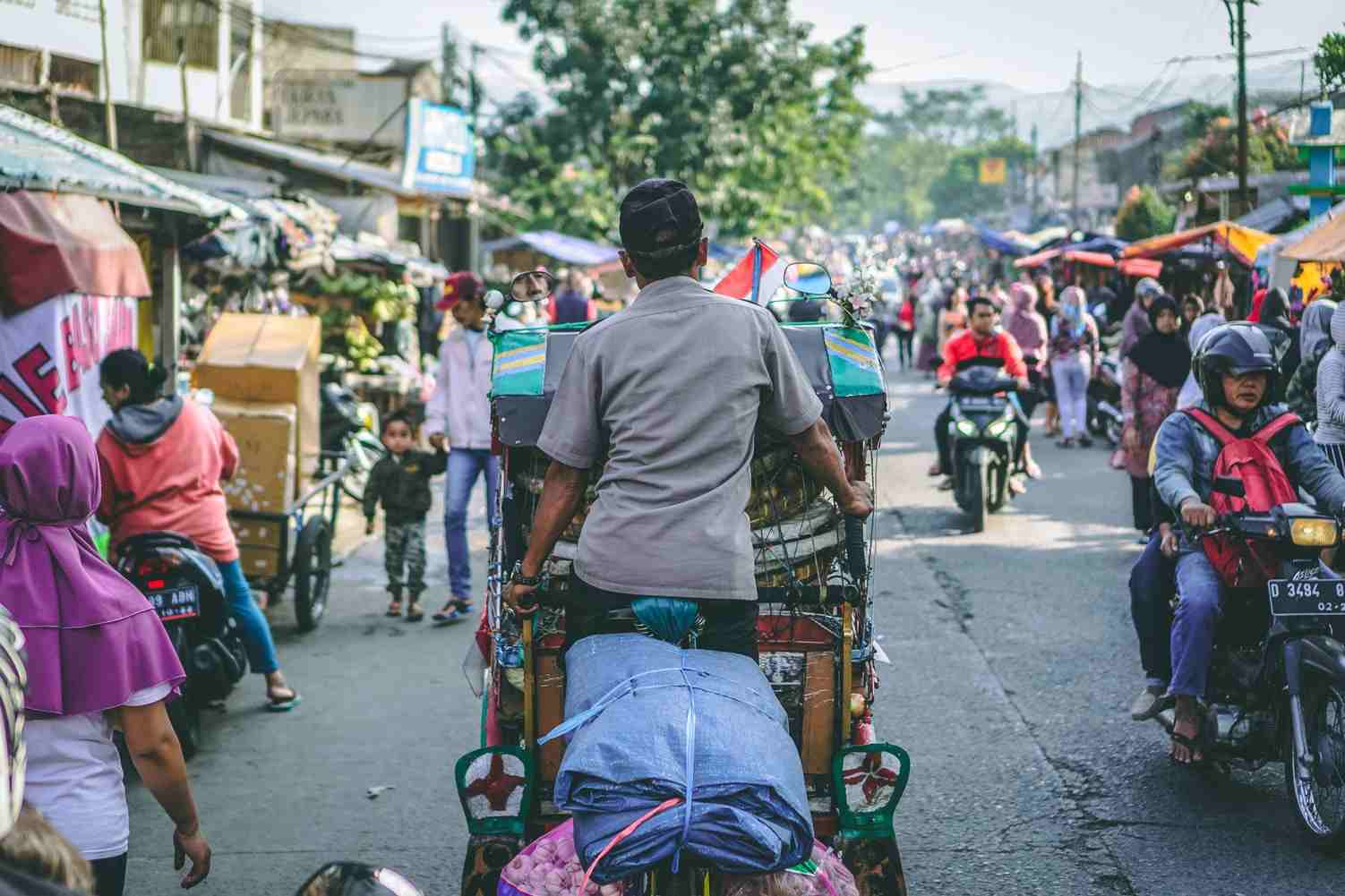 Penerapan Sila Kedua Pancasila Mengakui persamaan hak dan kewajiban