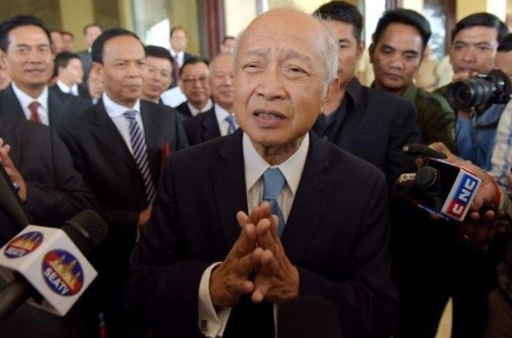 Polemik Politik Dan Pemerintahan kamboja