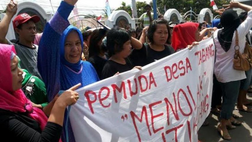 ciri budaya politik partisipan Warga peka pada masalah politik