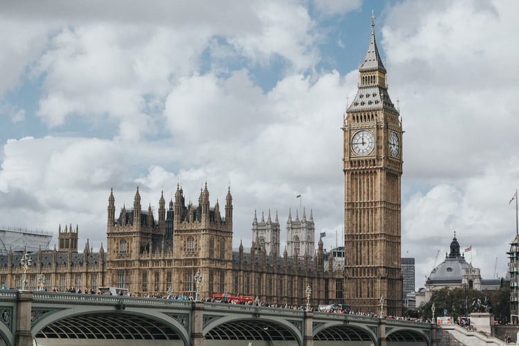 Negara yang Menganut Sistem Pemerintahan Parlementer