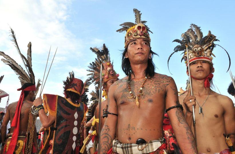Pengertian suku dan bangsa