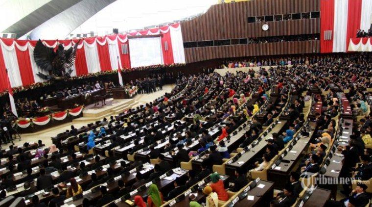 Presiden tidak bisa membubarkan parlemen