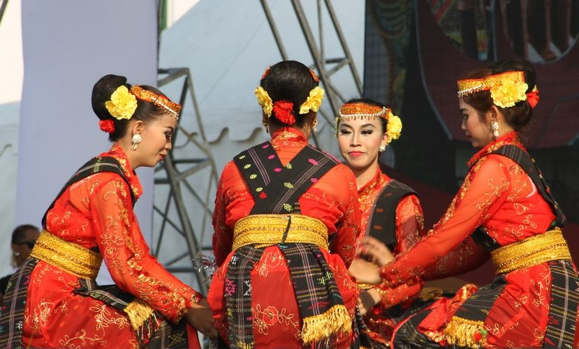 budaya suku dan bangsa