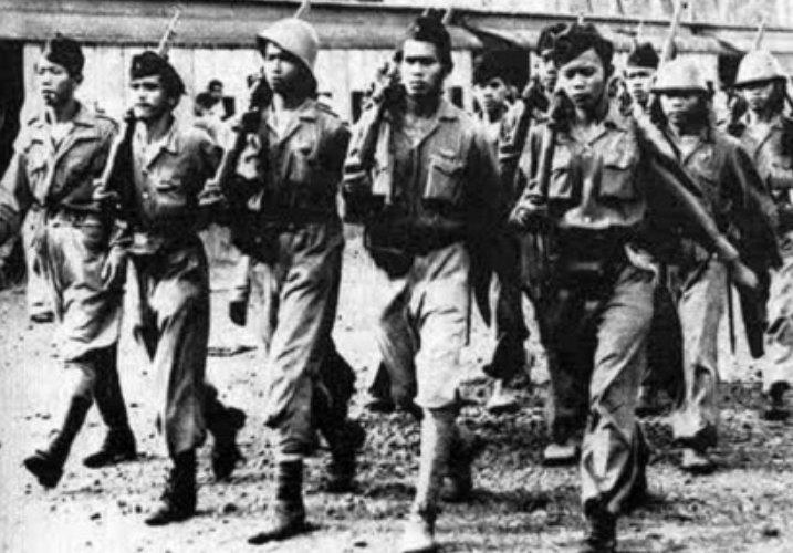 ciri demokrasi terpimpin peranan militer