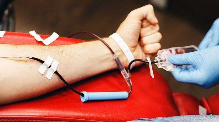 contoh nilai kemanusiaan Menjadi Pendonor Darah