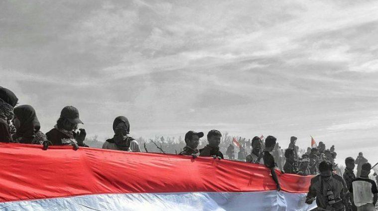 contoh sikap cinta tanah air Bangga sebagai bangsa Indonesia
